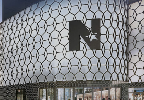1982 : Ouverture du Centre Commercial Nice Étoile au centre-ville de Nice. La maîtrise d'ouvrage déléguée du projet a été assurée par Socri.