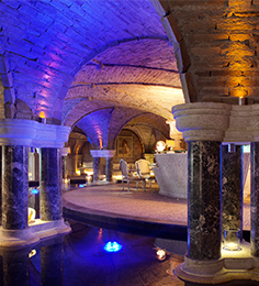 2007 : Le Grand Hôtel ***** se dote d'une des plus belles Thalasso & Spa d'Europe classée en 2019 et 2021 (World Luxury Hotel Awards).